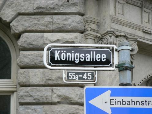 Con đường nhộn nhịp nhất của Dusseldorf