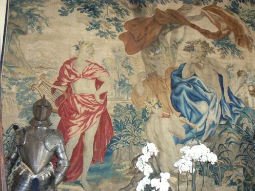 Une tapisserie  du 17e aussi orne l'entrée
