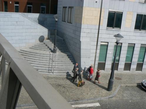 Nhà ga được hiện đại hóa, đây là lối ra