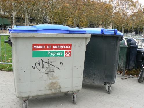 Bordeaux, rác cũng chia loại