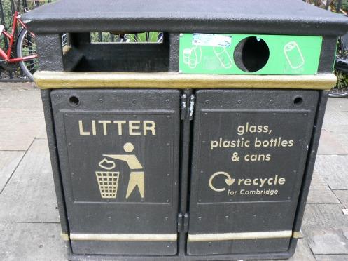 Cambridge, ngay đến thùng rác cũng thanh nhã