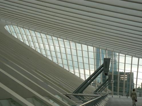 Vòm nhà cong với tất cả cái hiện đại của thế kỷ th'XXI