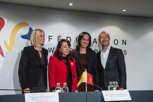 Bà Nguyễn thị Kim Tiến và các Bộ trưởng Bỉ