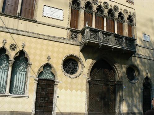 Padova và ngôi nhà cũ của thi hào Dante