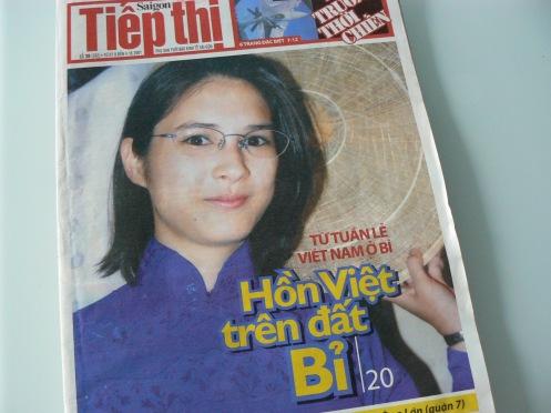 Con gái tôi trên bìa báo SGTT, năm 2001