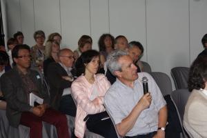 Chẳng những là thuyết trình viên, ông Tafti cũng rất trân trọng các phát biểu của đồng nghiệp và đã tích cực góp ý kiến