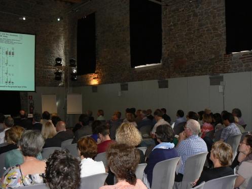Le public: des médecins et chercheurs venant de la Belgique mais aussi des pays voisins