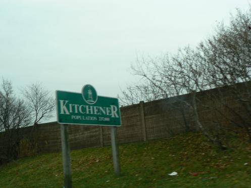 một thành phố ở Ontario Canada với hơn 200  nghìn dân