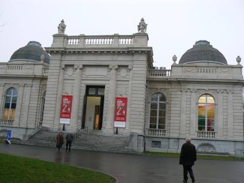 Cũng trong công viên này, có Viện Bảo tàng Mỹ thuật