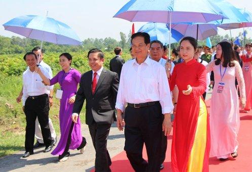phụ nữ và cây dù